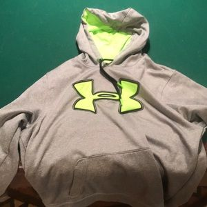 Men's Under Armour Hoodie size LG